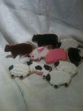 pig cookie, farm cookies, cow cookies, sheep cookies, black sheep, flying pig cookie
