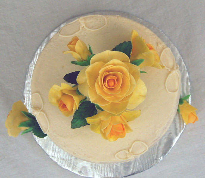 Yellow Roses Cake | Texas Rose Bakery